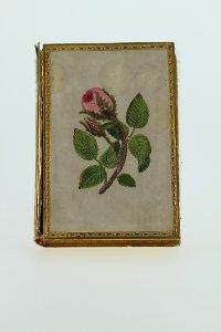 Schmuck- oder Briefschachtel mit Rosendekor