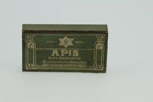 Schachtel für Sicherheitsnadeln
