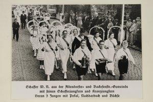 Foto: Nachbarschaftsfest 1936, Umzug der Altendorfer- und Backofenstr.-Gemeinde